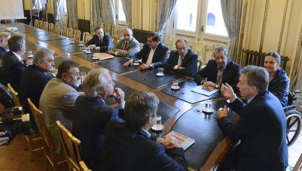 Macri se reunió con senadores y la economía fue el tema central