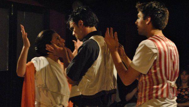 El mito  griego  de Antígona vuelve al Indigo Teatro