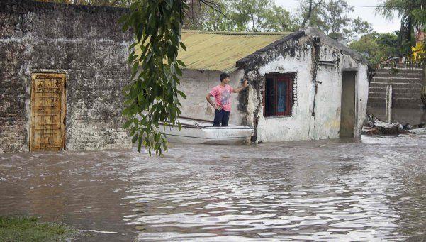 Más de 9.000 afectados por intensas lluvias en el Litoral