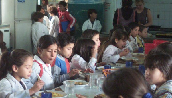 En Lomas reclaman más de 18 mil cupos para comedores escolares