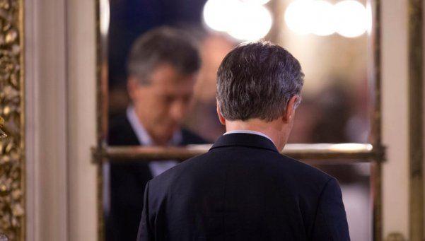 La imagen del Presidente bajó 10 por ciento desde diciembre