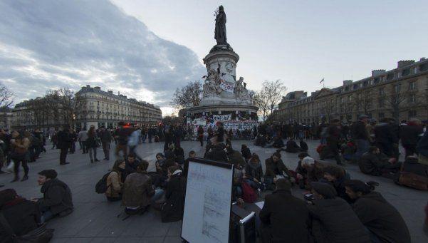 Desalojan a los indignados de París