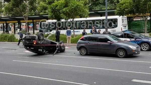 El vuelco de un auto robado que desnudó la crisis de la Policía