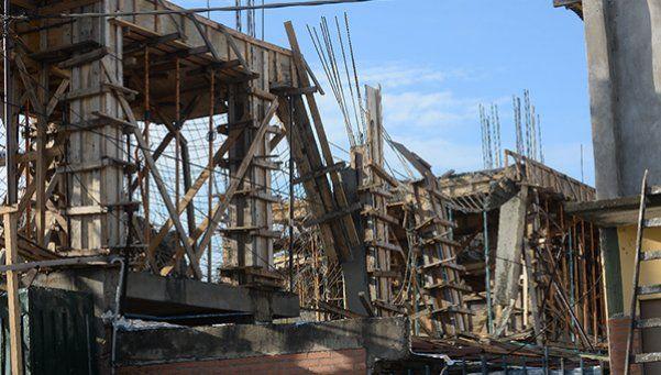 Derrumbe en una obra en construcción: hay obreros heridos