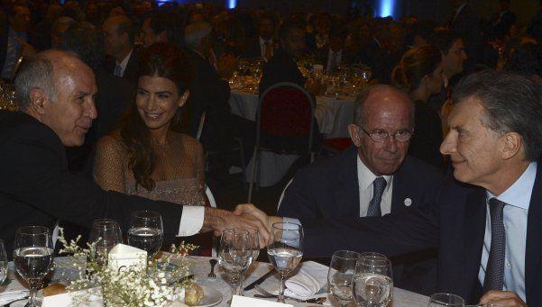 Macri: Este presidente, si hay dudas, tiene que contestar