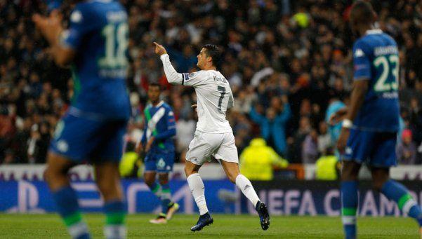Con un Cristiano intratable, el Real pasó a semis de la Champions