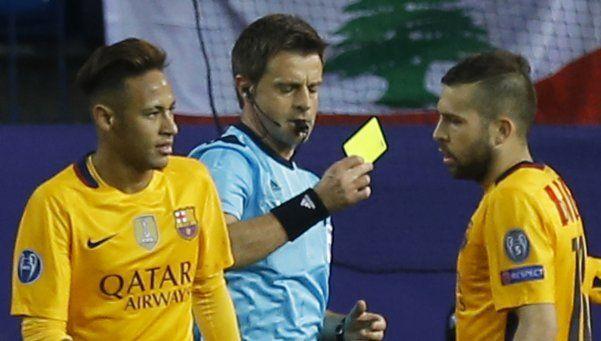 Rizzoli, el árbitro italiano al que no le gusta cobrar penales