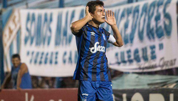 La Pulguita hace soñar en grande a Atlético Tucumán