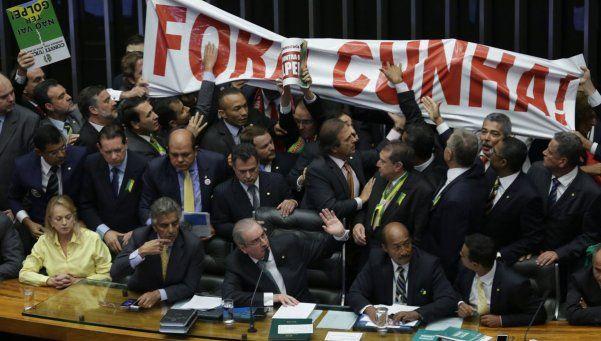 La lucha de Dilma Rousseff contra su impeachment pasa al Senado