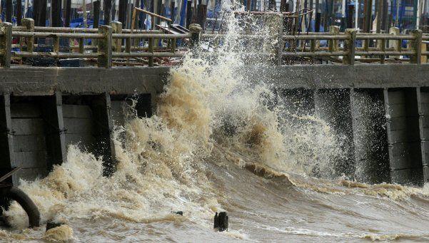 Alerta por sudestada: evacuados y crecida del Río de la Plata