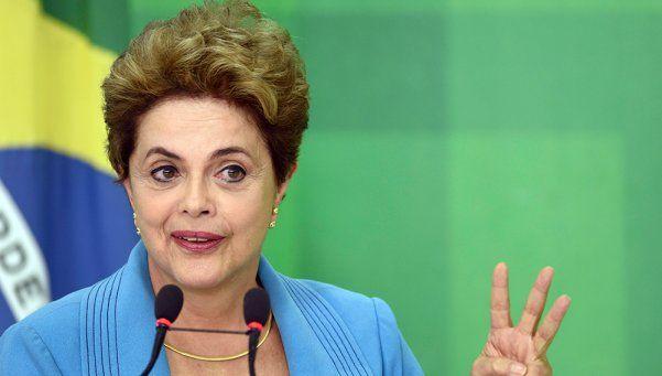 Dilma: Estoy indignada, pero no me dejaré abatir