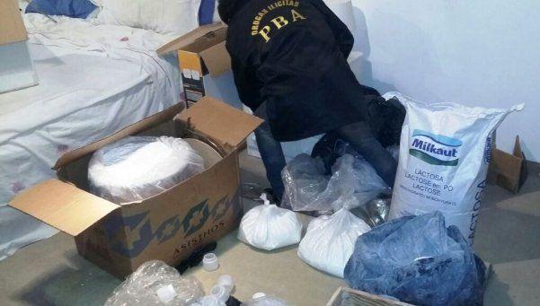 Desbaratan 3 laboratorios de droga e incautan 14 kilos de cocaína