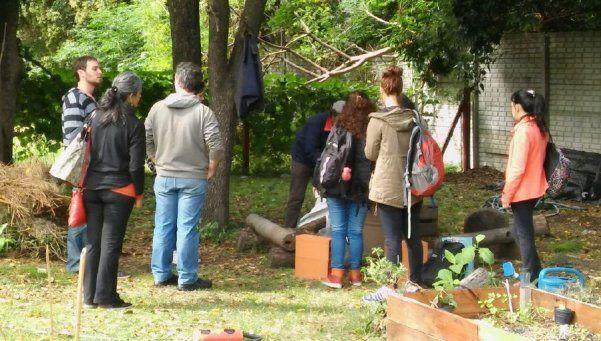 INTA siembra conocimiento sobre agricultura urbana en Lanús