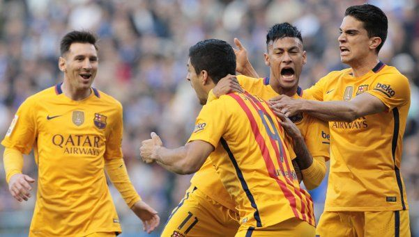 Barcelona humilló a Deportivo La Coruña y sigue puntero