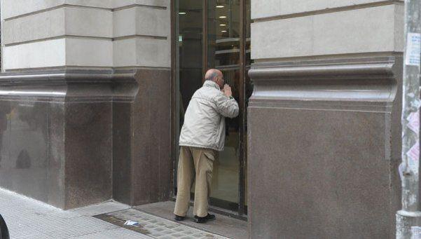 Hoy será un día de furia por las asambleas en los bancos