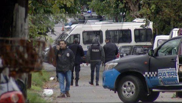 Terminó la toma de rehenes en Munro: 3 delincuentes detenidos