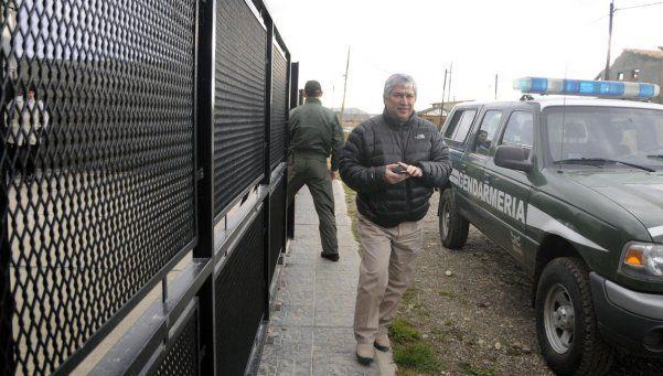 Hicieron allanamientos en  propiedades de Lázaro Báez