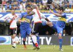 Dos fechas a Pablo Pérez por la roja en el Superclásico