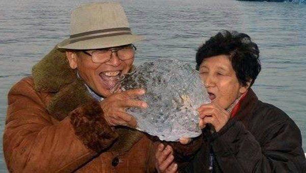 La anciana japonesa y su vecino murieron asfixiados