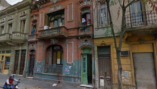 Veinte familias resisten desalojo en hotel de Constitución