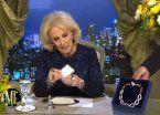 Polémica porque Moyano le regaló a Mirtha un collar de 16 mil pesos