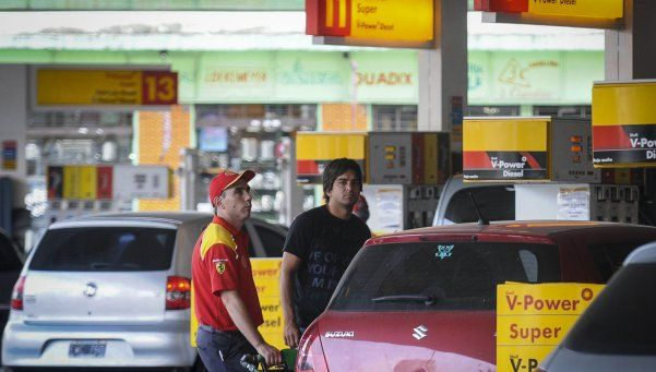 Combustibles: advierten que el aumento podría ser de un 40% en el 2016