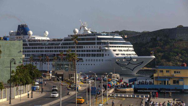 Crucero de EE.UU. llega a La Habana tras 50 años
