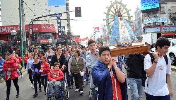 Niños peregrinarán a Longchamps para expresar su amor a la Virgen