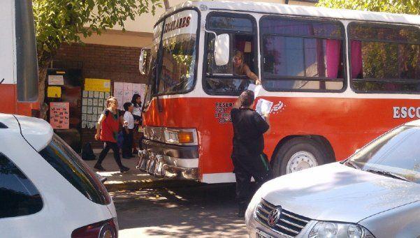 Unos 500 alumnos de Escuelas de Educación Especial se quedaron de a pie en Lomas