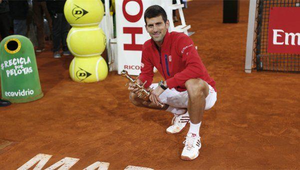 Djokovic se coronó en Madrid y ayudó a Federer