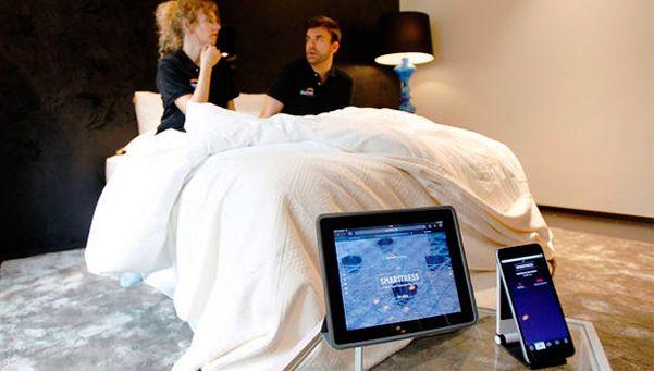 Inventaron un colchón que detecta las infidelidades
