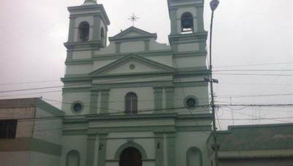 Critican restricciones en iglesia de Zárate
