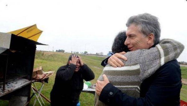 "Macri visitó a un puestero que le mandó 100 pesos para ""salvar al país"""