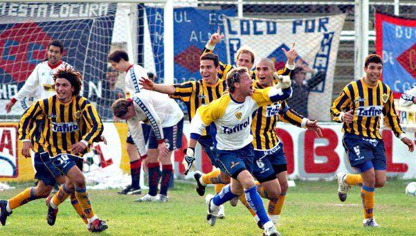 El arquero Pablo Santillo una vez metió un gol de cabeza