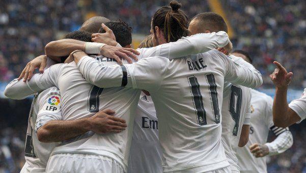 Real Madrid venció al Depor, pero no le alcanzó