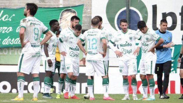 Sarmiento cayó y se complicó: define el descenso con Argentinos