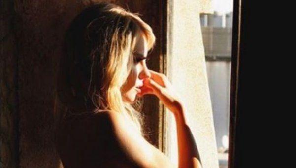La cantante de Agapornis posó desnuda y revolucionó las redes