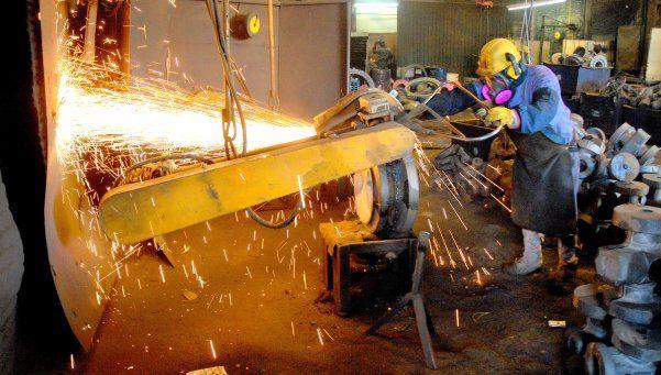 Estiman que un 60% de los argentinos tiene problemas de empleo