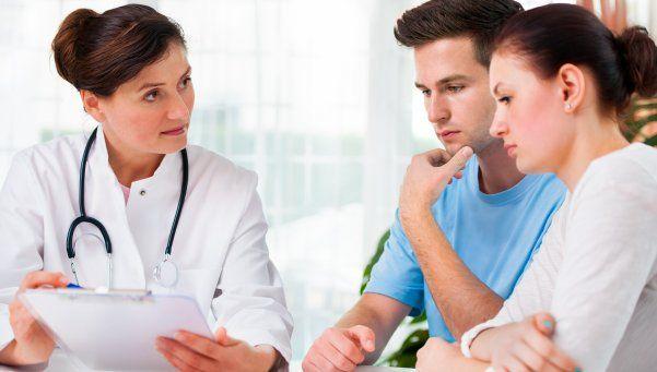 Tratamiento de fertilidad: el rol de la familia para dar un paso vital