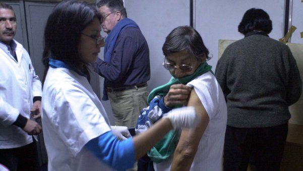 Pami aplicó en un mes más vacunas antigripales que todo el 2015