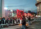 Desocupados y cooperativistas realizan acampe y vigilia en Plaza de Mayo