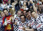 Ni Beto ni Xabi: Fernando Alonso la colgó del ángulo