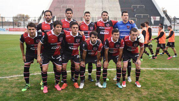 Copa Argentina: Douglas eliminó a Tigre por penales