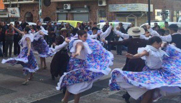 Provincias celebraron el aniversario de la Revolución de Mayo