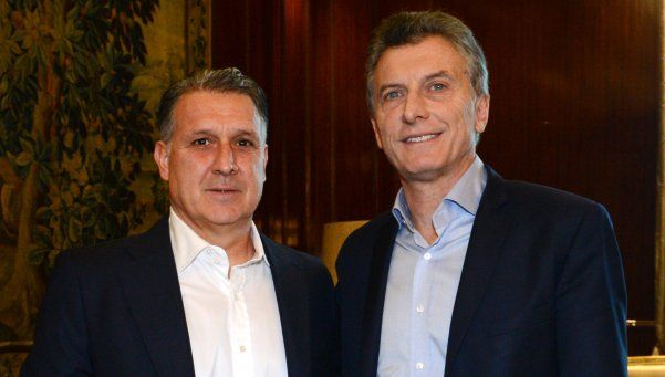 Tata Martino visitó a Mauricio Macri en la Casa Rosada