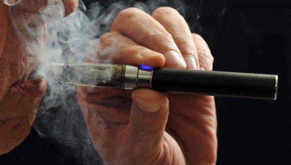 ¿Por qué está prohibido el cigarrillo electrónico?
