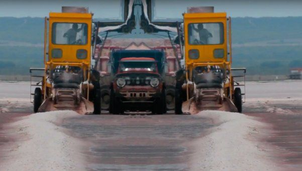 Cáncer de máquina: danza mecánica en el desierto de la sal