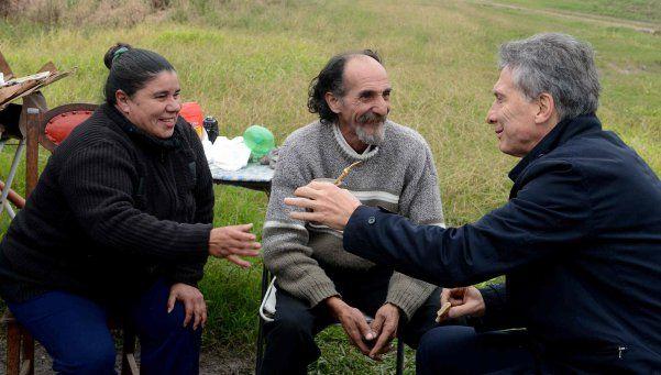 Destruyeron comercio del vendedor de tortas fritas que visitó Macri