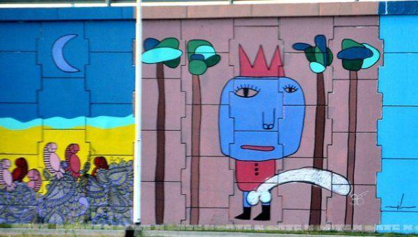 """Chaco: le pintan un """"pene gigante"""" a un mural de $700 mil"""
