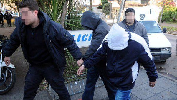 """Cayó banda de """"poliladrones"""": hay 20 detenidos"""